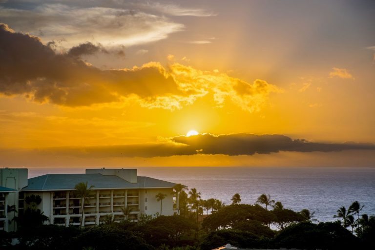 Enjoy the Beautiful Sunset from the Upper Lanai
